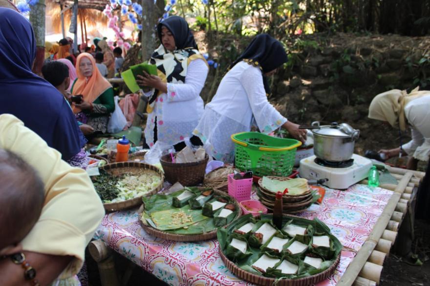 Image : Soft Opening Pasar Tradisional Rawa Bambu